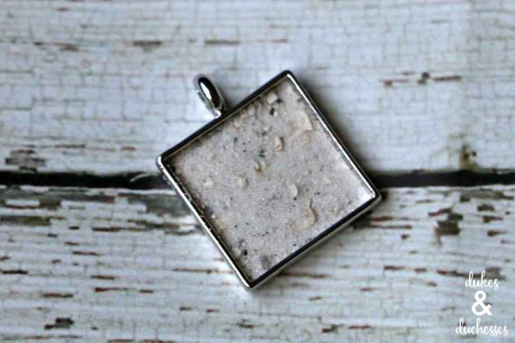 beach sand pendant necklace