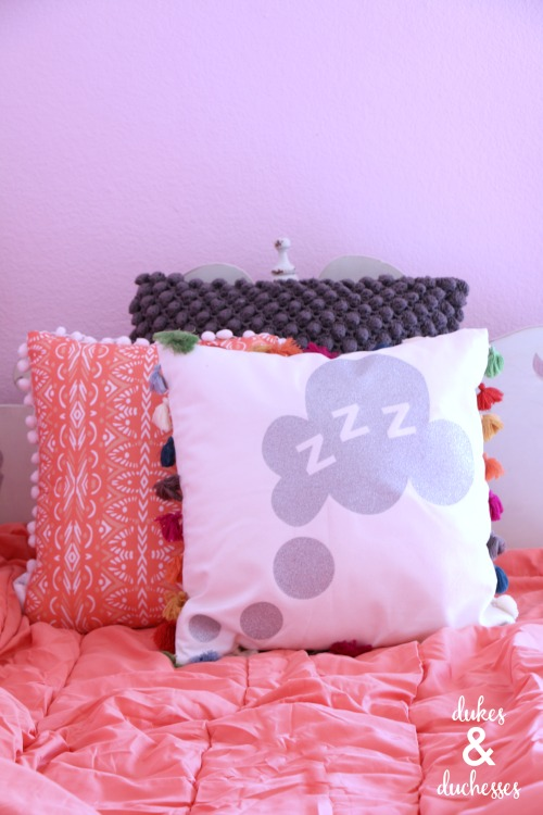 dream pillow with glitter vinyl