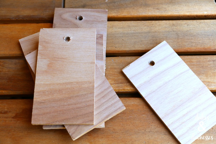 wood tags for staining