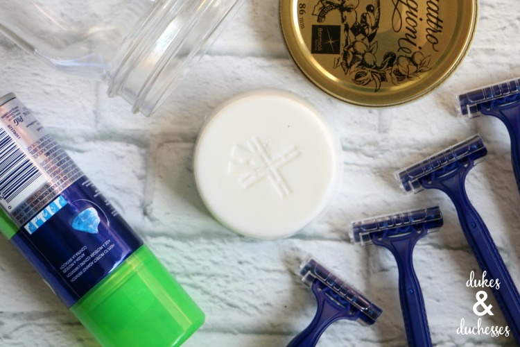 shaving kit contents in mason jar gift