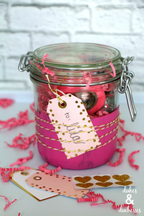 twine wrapped gift tag on mason jar