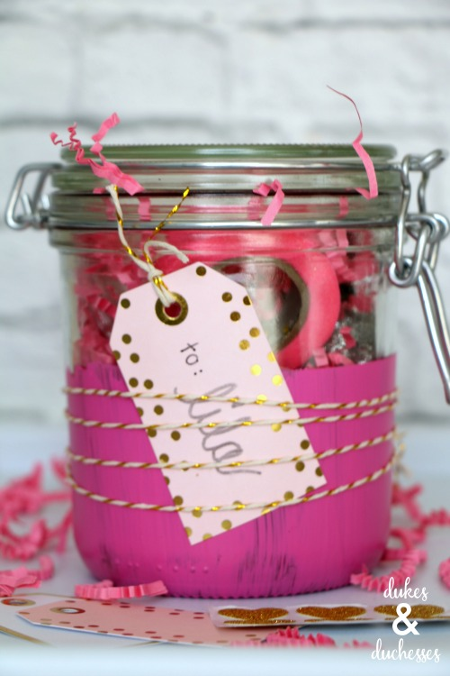 twine wrapped mason jar gift