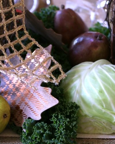 How to Create a Thanksgiving Centerpiece with Grocery Store Items