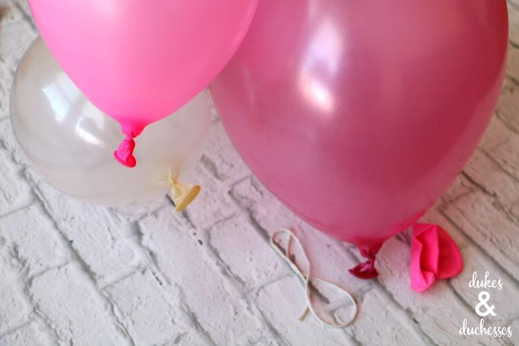 how to tie balloons on balloon installation