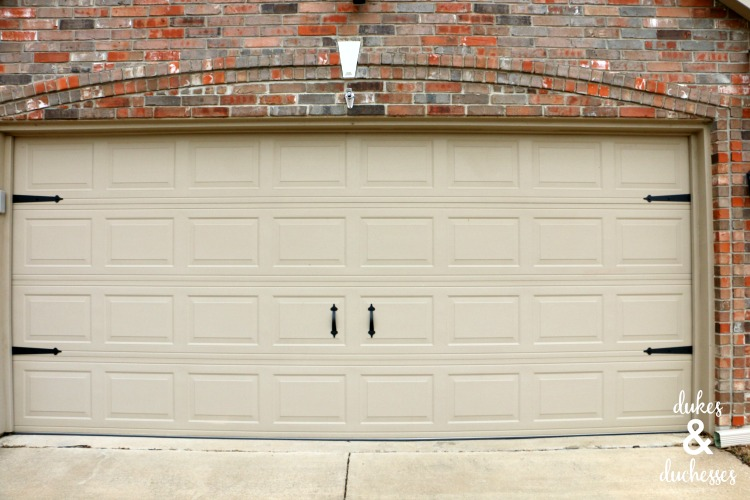 magnetic hardware for garage door