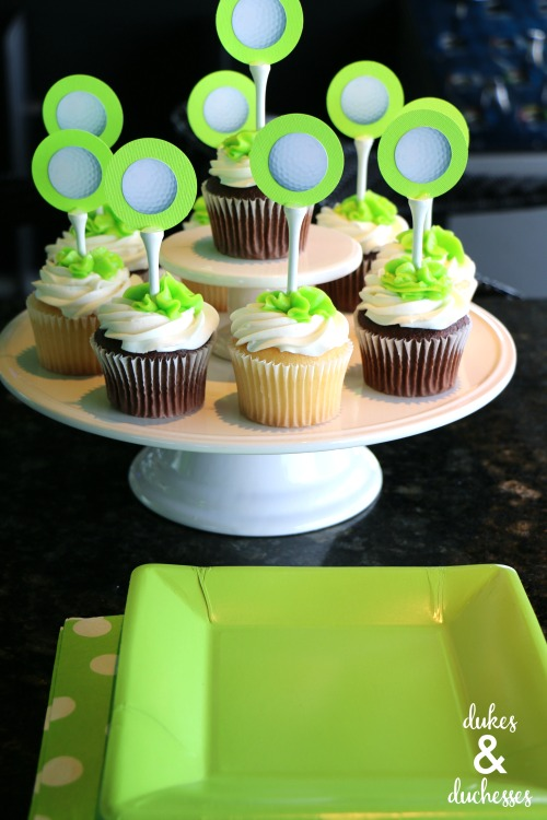 golf party cupcakes with DIY cupcake toppers