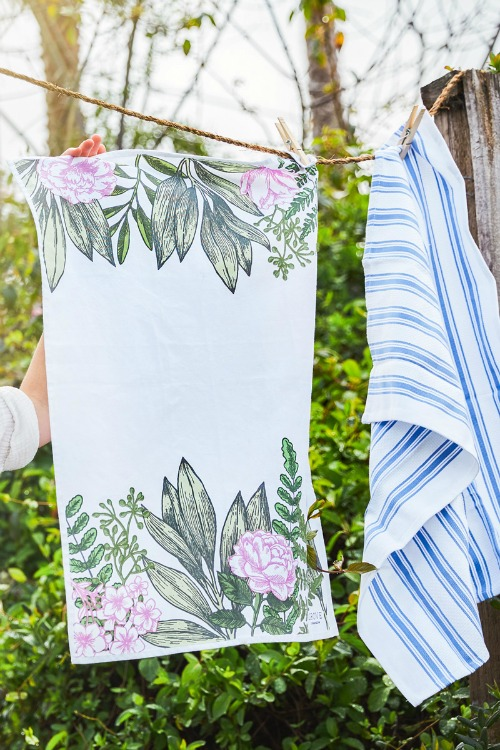 grove collaborative spring kitchen towels