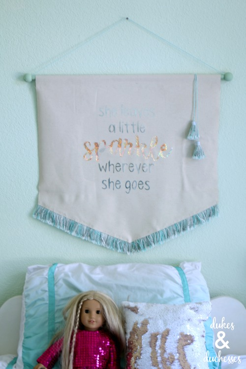 DIY sparkle wall hanging for girls room