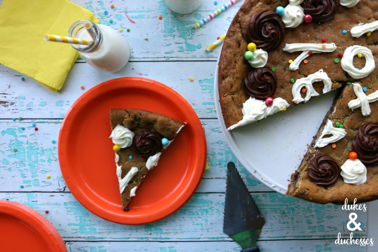 how to serve cookie cake