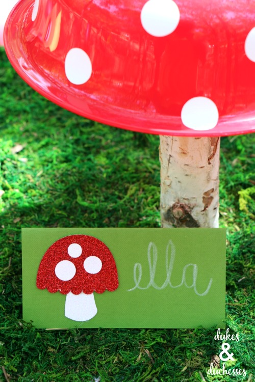 toadstool party place cards