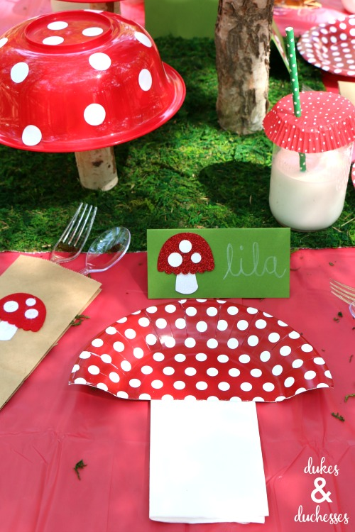 toadstool party tablescape