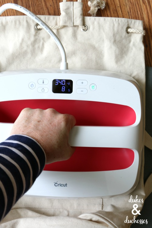 how to use cricut easypress 2