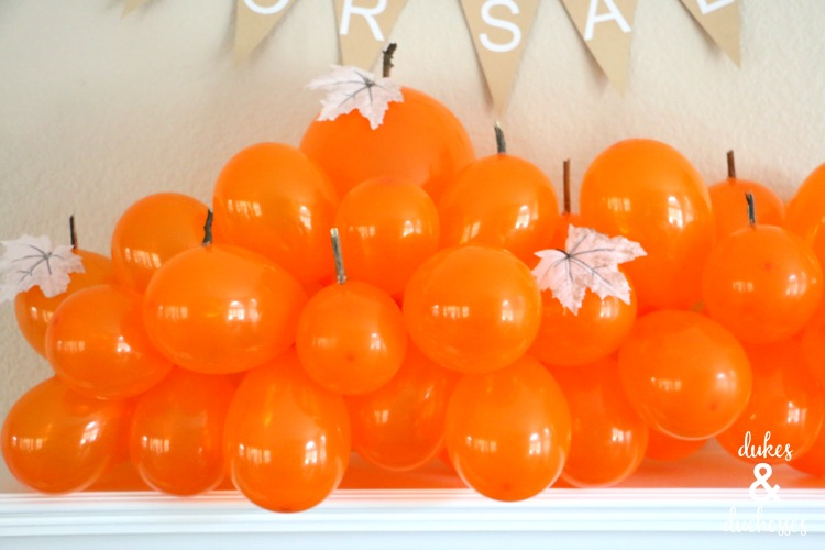balloon pumpkin patch fall mantel decor