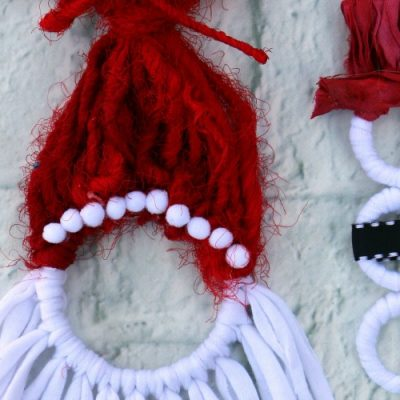 Holiday Yarn Crafts for Kids