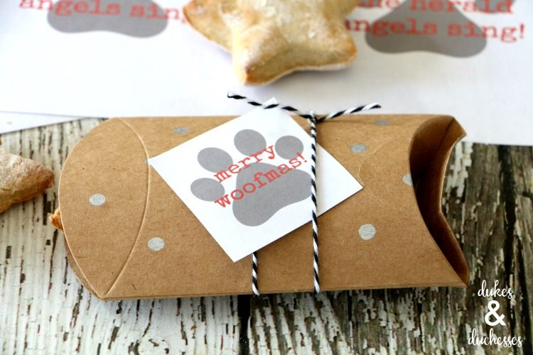 Holiday Dog Biscuits with Free Printable Tags
