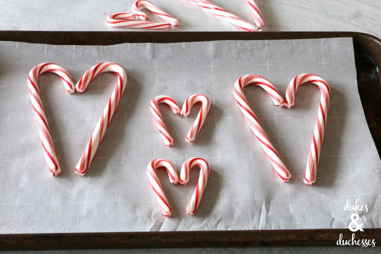 how to make candy cane heart mug toppers