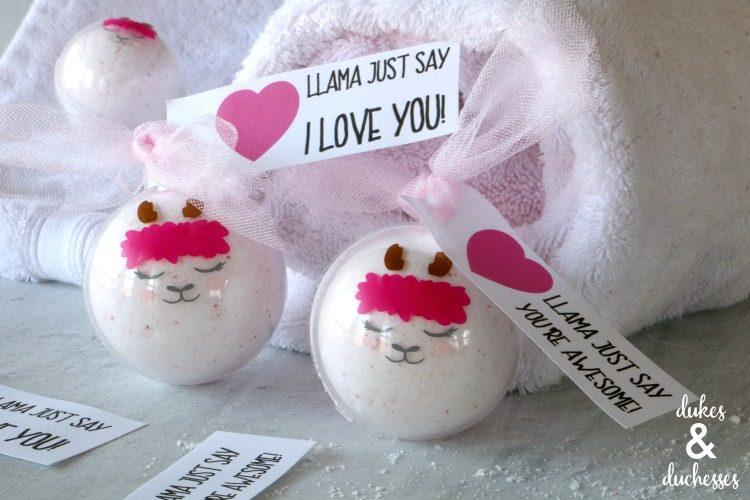 Llama bath bombs with printable valentine tag