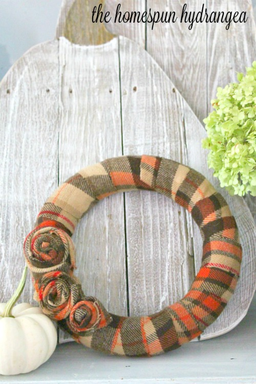 DIY flannel wreath