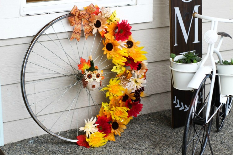 bicycle wheel wreath