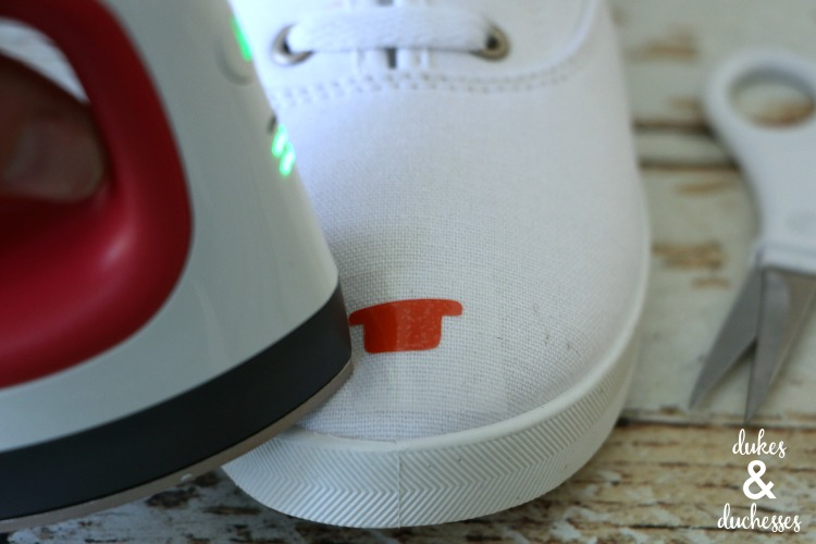 how to make cactus shoes with cricut easypress mini