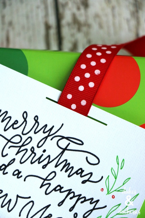 easy ribbon holiday gift tag