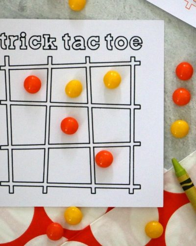 trick tac toe party game for halloween