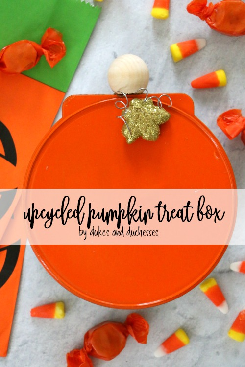 upcycled pumpkin treat box
