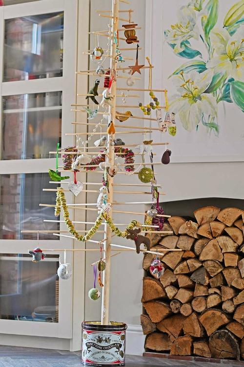 DIY scandinavian style christmas tree