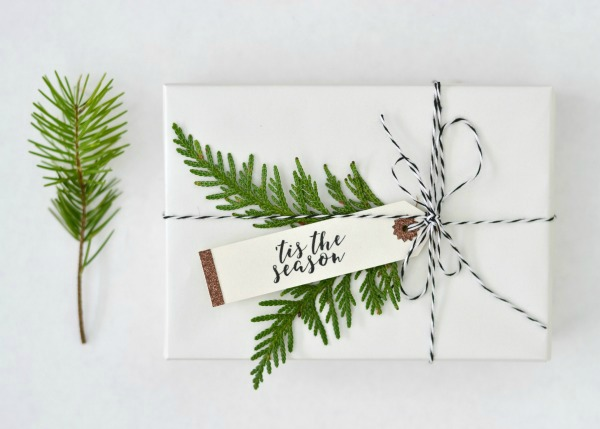 hand lettered style gift tag