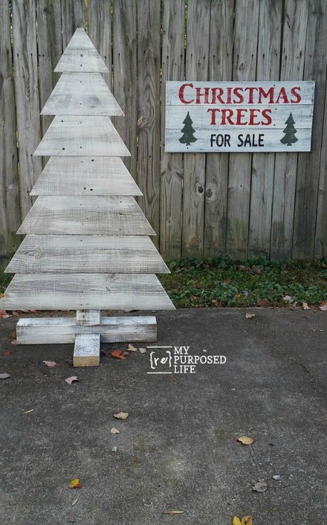 reclaimed wood fence board christmas tree