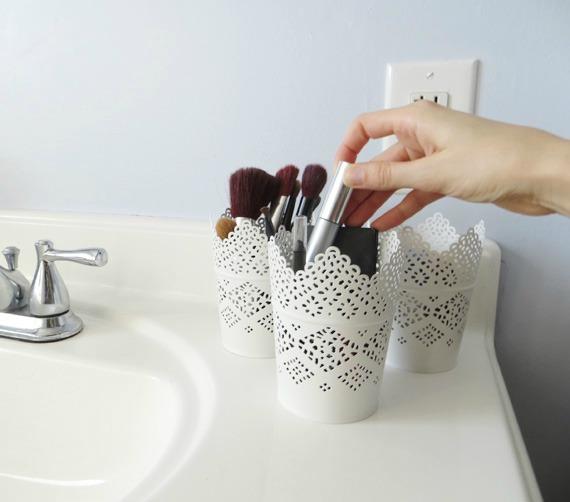 upcycled bathroom storage idea