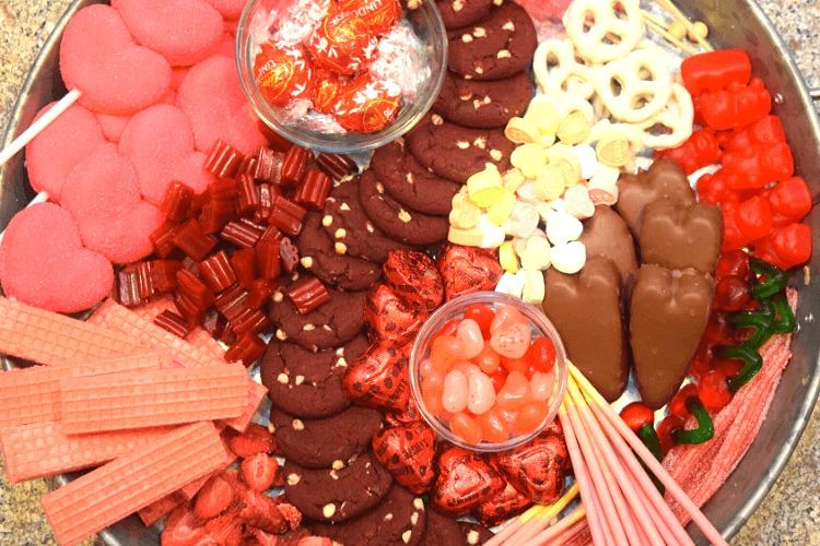 valentines day charcuterie board ideas