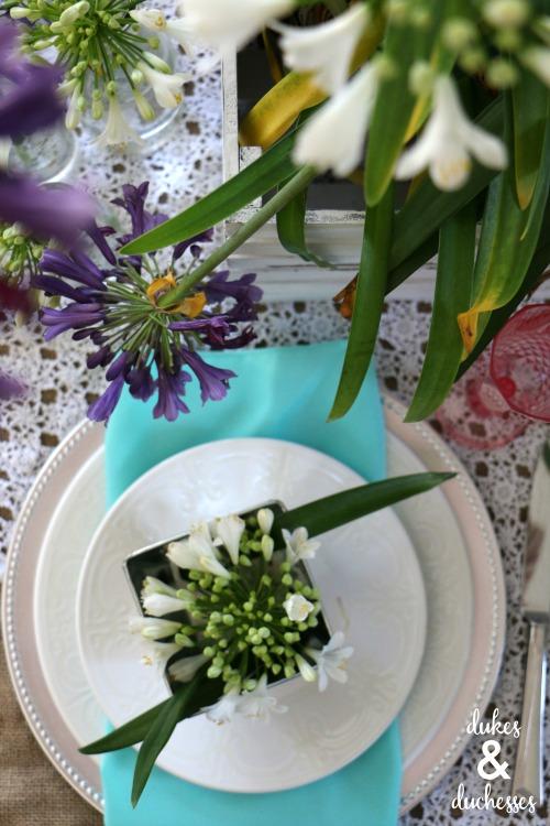 agapanthus floral centerpiece idea