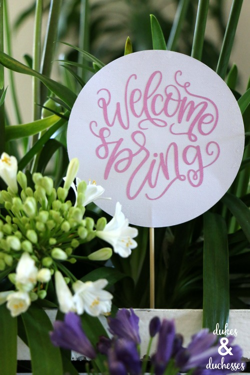 welcome spring sign made with cricut maker