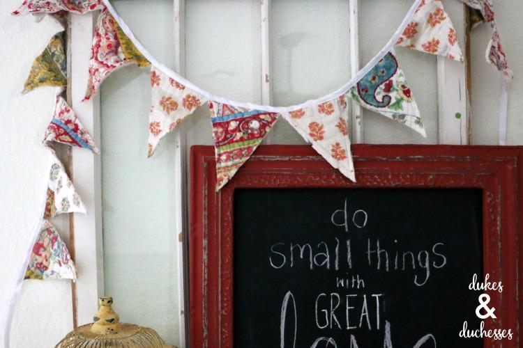 reused quilt garland craft idea