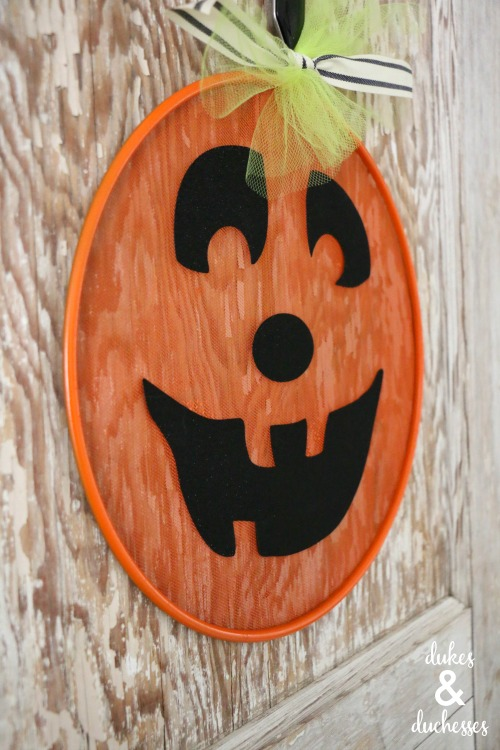 repurposed splatter screen craft idea for halloween