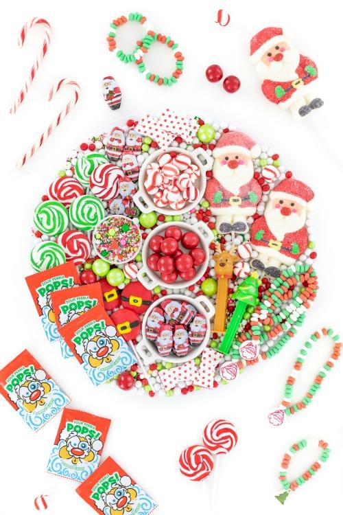 santa candy charcuterie board
