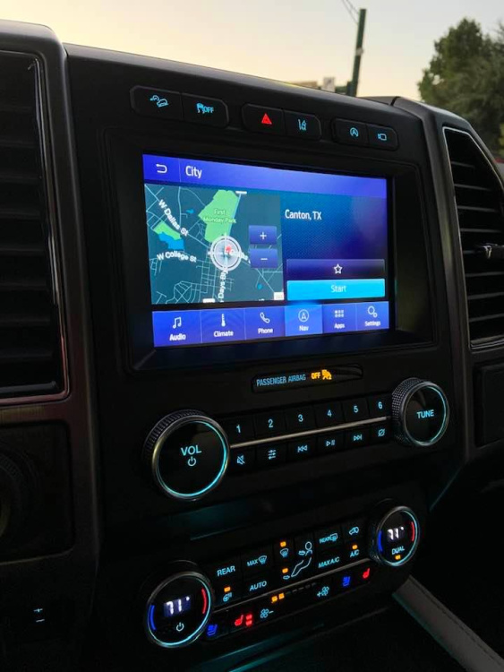 navigation on ford expedition